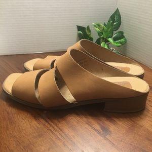 🇺🇸Enzo Angiolini Lthr Sandals Low Block Heel 10M